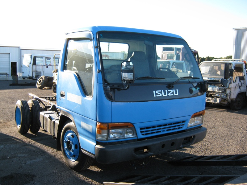 Isuzu truck wreckers Queensland